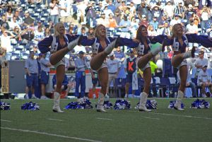 Dallas Cowboys Cheerleaders Kickline